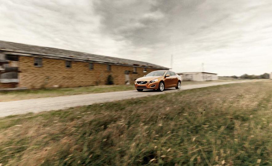 2011 Volvo S60 T6 AWD - Slide 1