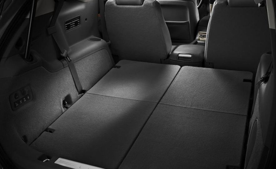 2012 Lincoln MKT hearse - Slide 30