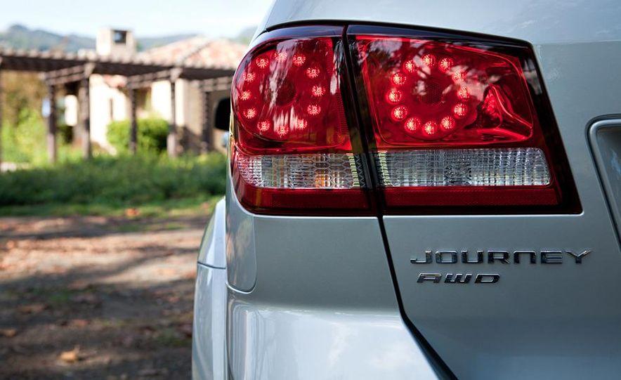 2011 Dodge Journey - Slide 13