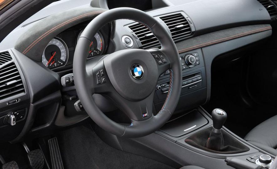 2011 BMW 1-series M coupe - Slide 61