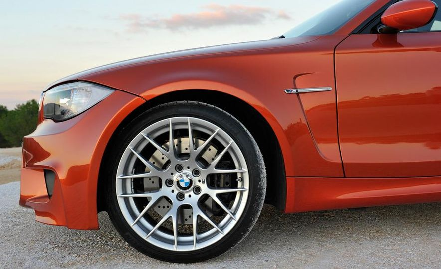 2011 BMW 1-series M coupe - Slide 54