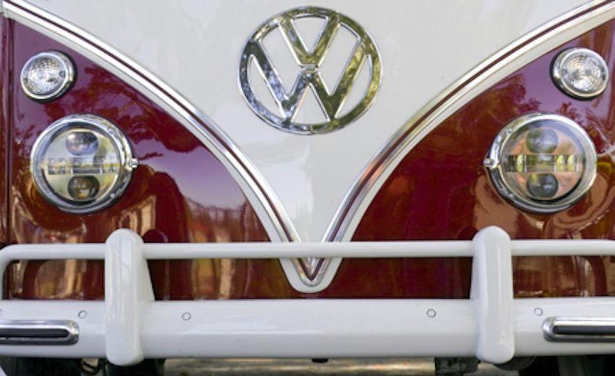 2014 Volkswagen Microbus (artist's rendering) - Slide 12