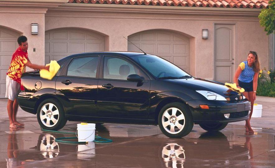 2001 Honda Accord sedan, BMW 5-series sedan, Honda S2000, Audi A6, Porsche Boxster S, Audi TT coupe, Ford Focus ZX3, Chrysler PT Cruiser, BMW 3-series convertible - Slide 36