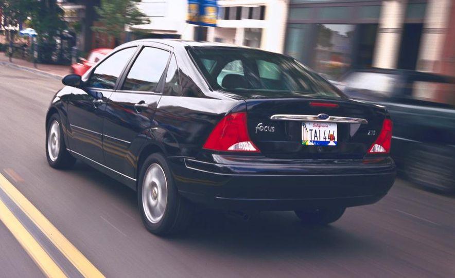 2001 Honda Accord sedan, BMW 5-series sedan, Honda S2000, Audi A6, Porsche Boxster S, Audi TT coupe, Ford Focus ZX3, Chrysler PT Cruiser, BMW 3-series convertible - Slide 37