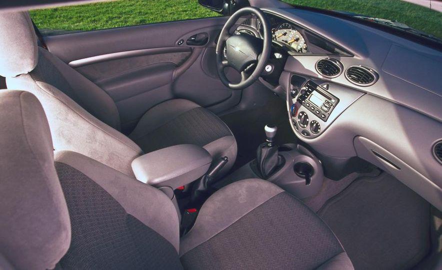 2001 Honda Accord sedan, BMW 5-series sedan, Honda S2000, Audi A6, Porsche Boxster S, Audi TT coupe, Ford Focus ZX3, Chrysler PT Cruiser, BMW 3-series convertible - Slide 43