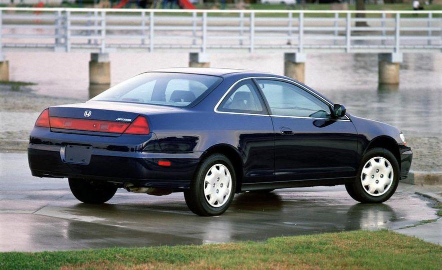 2001 Honda Accord sedan, BMW 5-series sedan, Honda S2000, Audi A6, Porsche Boxster S, Audi TT coupe, Ford Focus ZX3, Chrysler PT Cruiser, BMW 3-series convertible - Slide 45