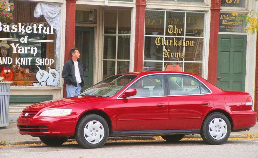 2001 Honda Accord sedan, BMW 5-series sedan, Honda S2000, Audi A6, Porsche Boxster S, Audi TT coupe, Ford Focus ZX3, Chrysler PT Cruiser, BMW 3-series convertible - Slide 8