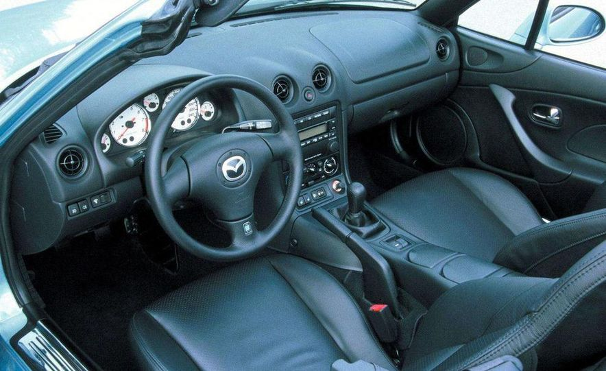 2001 Honda Accord sedan, BMW 5-series sedan, Honda S2000, Audi A6, Porsche Boxster S, Audi TT coupe, Ford Focus ZX3, Chrysler PT Cruiser, BMW 3-series convertible - Slide 57