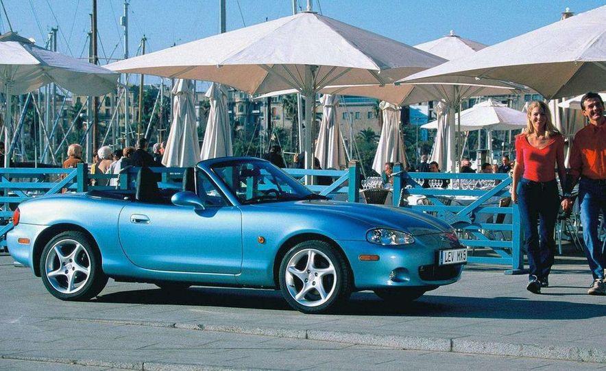 2001 Honda Accord sedan, BMW 5-series sedan, Honda S2000, Audi A6, Porsche Boxster S, Audi TT coupe, Ford Focus ZX3, Chrysler PT Cruiser, BMW 3-series convertible - Slide 54