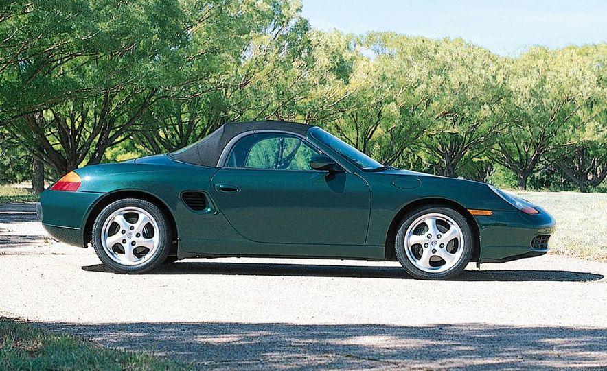 2001 Honda Accord sedan, BMW 5-series sedan, Honda S2000, Audi A6, Porsche Boxster S, Audi TT coupe, Ford Focus ZX3, Chrysler PT Cruiser, BMW 3-series convertible - Slide 63
