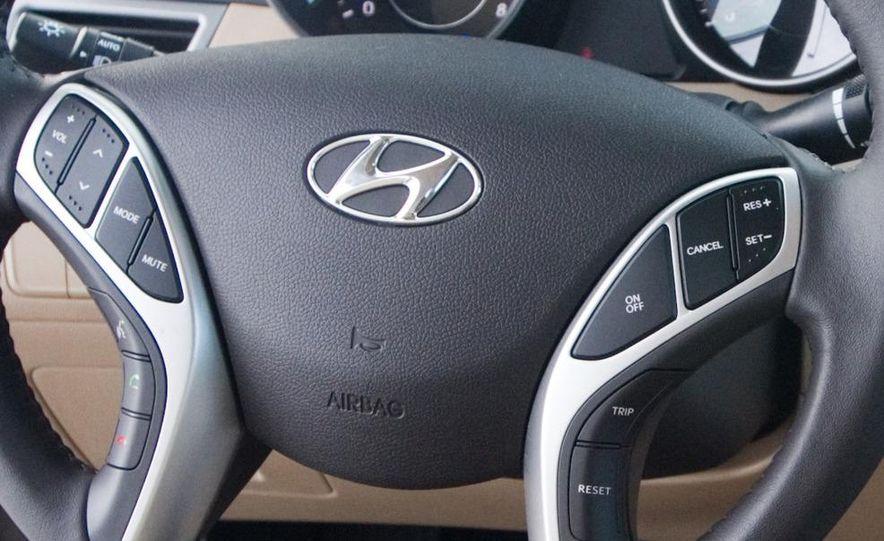 2011 Hyundai Elantra Limited - Slide 27