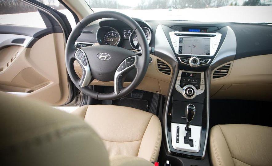 2011 Hyundai Elantra Limited - Slide 28