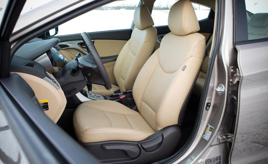 2011 Hyundai Elantra Limited - Slide 30