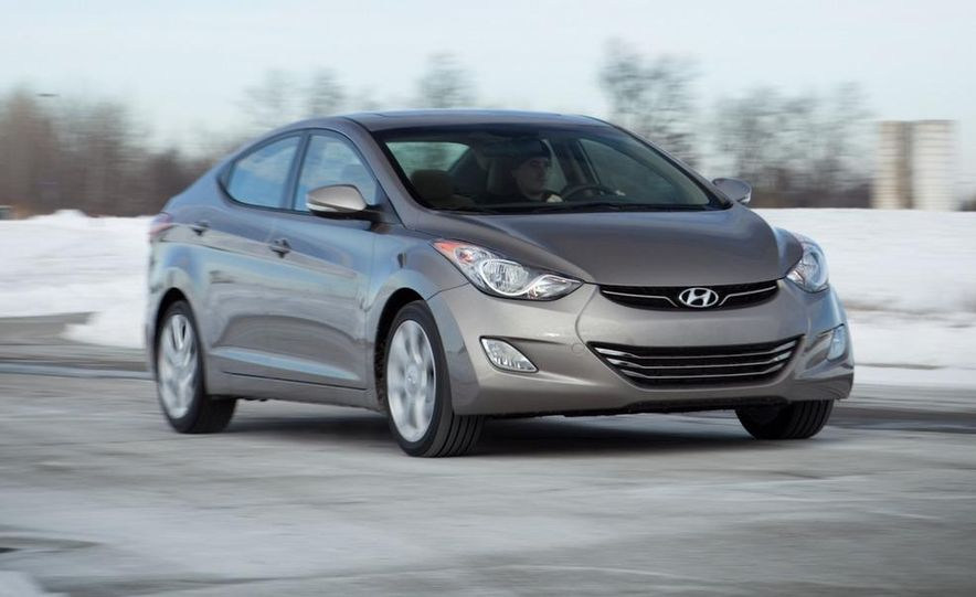 2011 Hyundai Elantra Limited - Slide 10