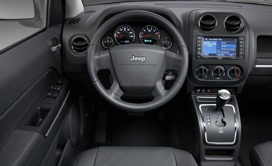 2011 Jeep Compass - Slide 28