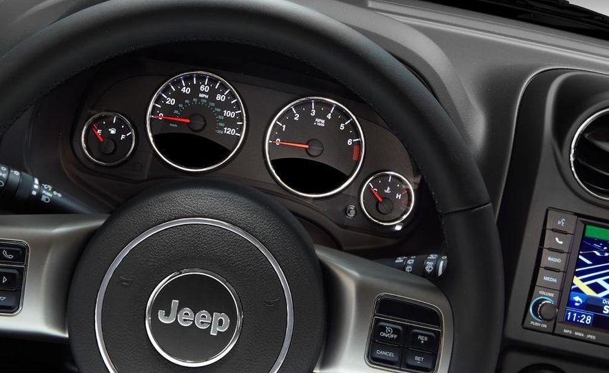 2011 Jeep Compass - Slide 25