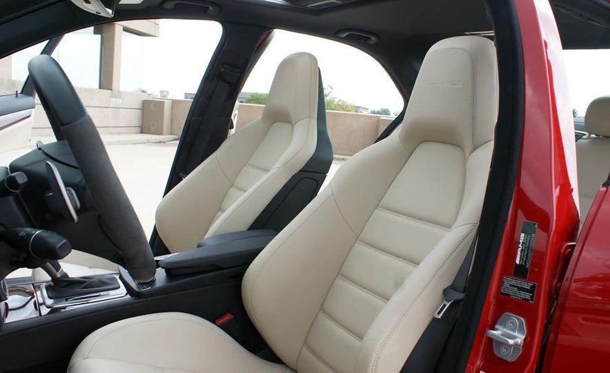 2012 Mercedes-Benz C-class - Slide 39