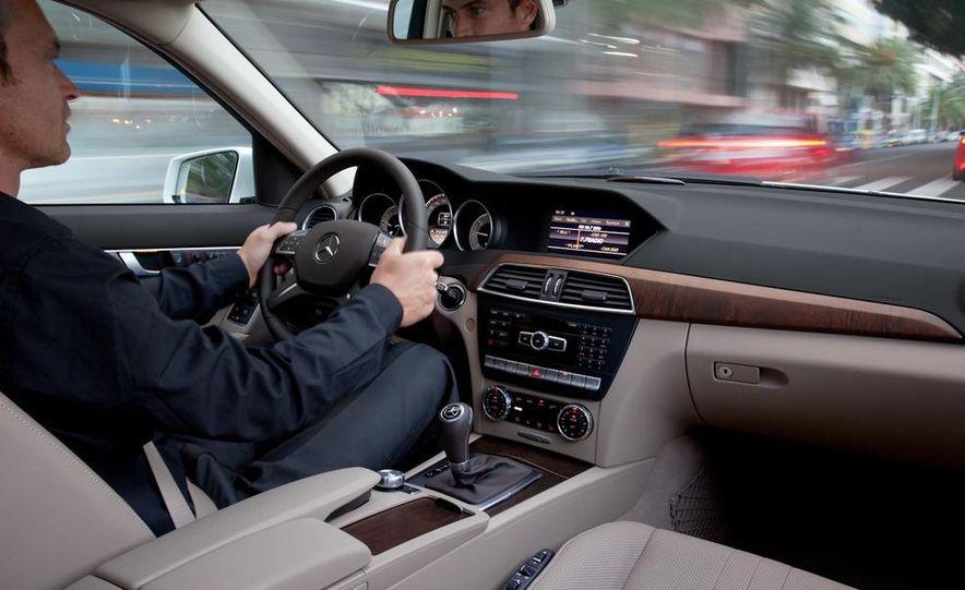 2012 Mercedes-Benz C-class - Slide 10