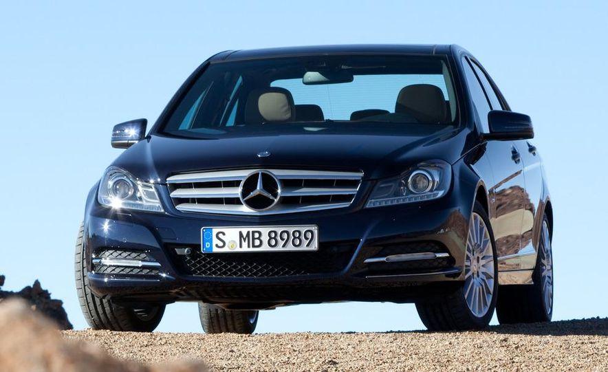 2012 Mercedes-Benz C-class - Slide 2