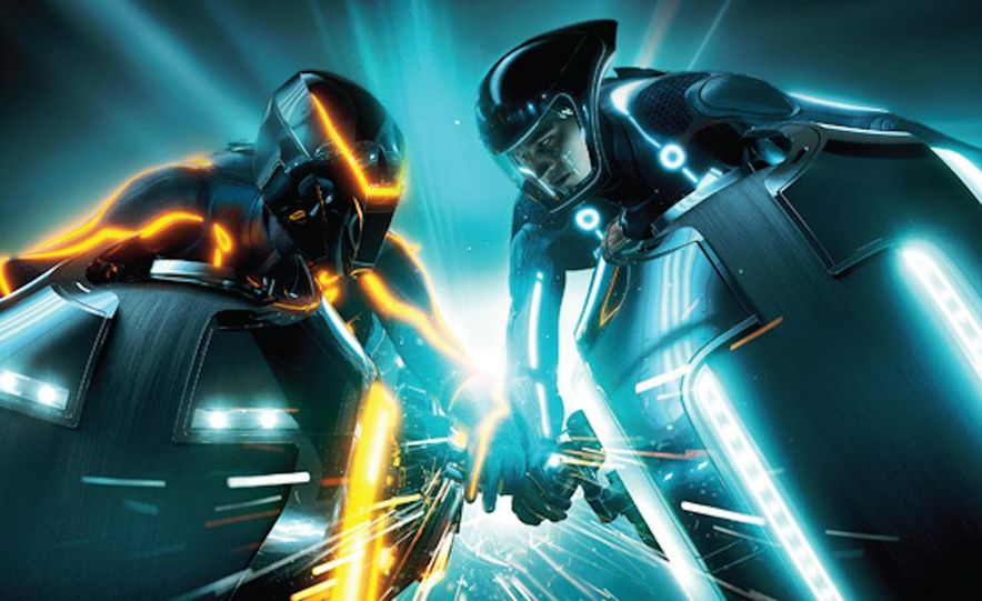 Tron: Legacy Light Runner - Slide 6