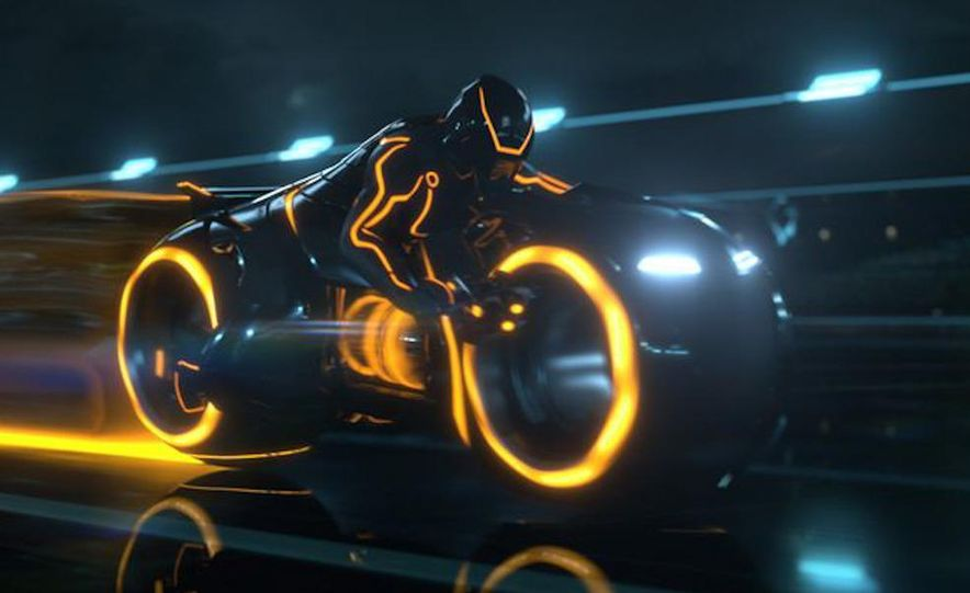 Tron: Legacy Light Runner - Slide 5