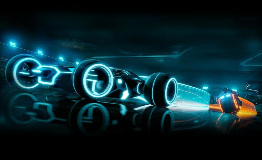 Tron: Legacy Light Runner - Slide 1
