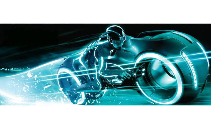 Tron: Legacy Light Runner - Slide 7
