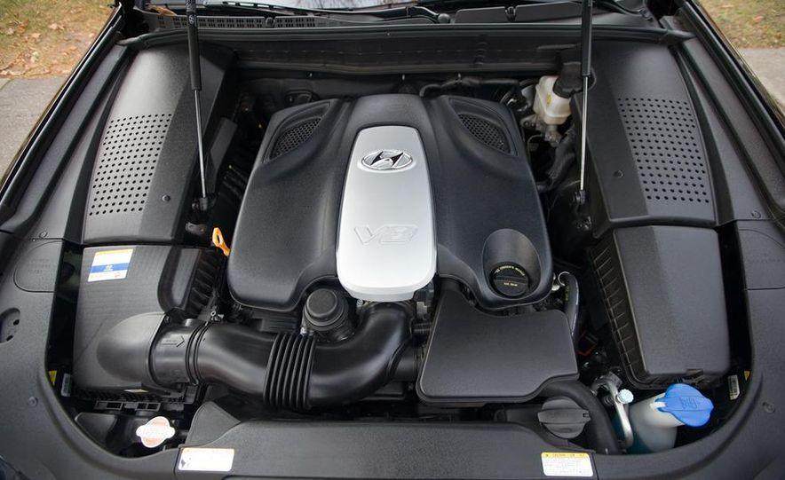 2011 Hyundai Equus and 2010 Lexus LS460L AWD - Slide 50