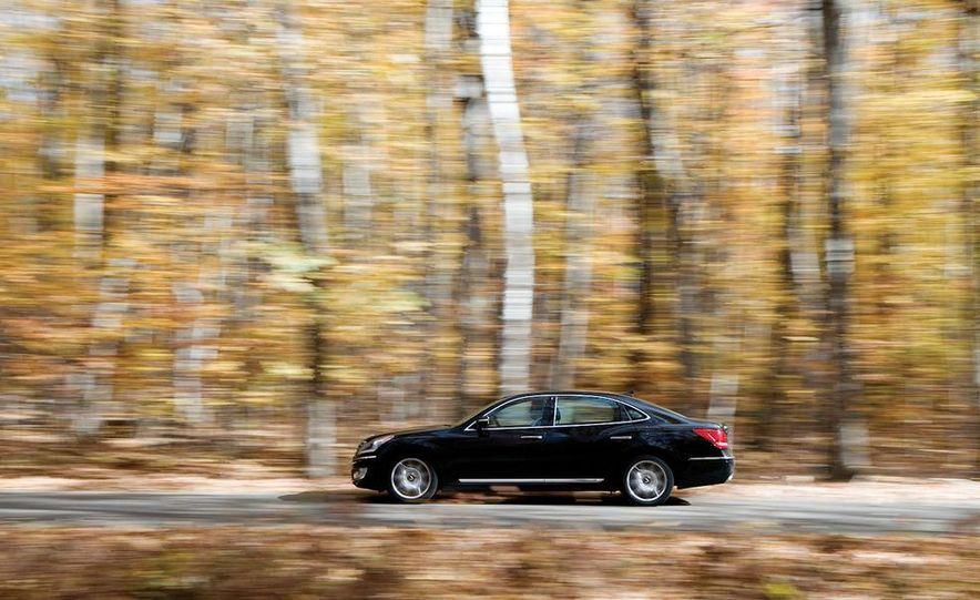 2011 Hyundai Equus and 2010 Lexus LS460L AWD - Slide 27