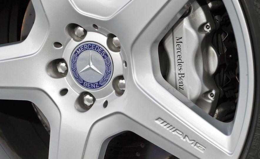 2011 Mercedes-Benz CL550 - Slide 8