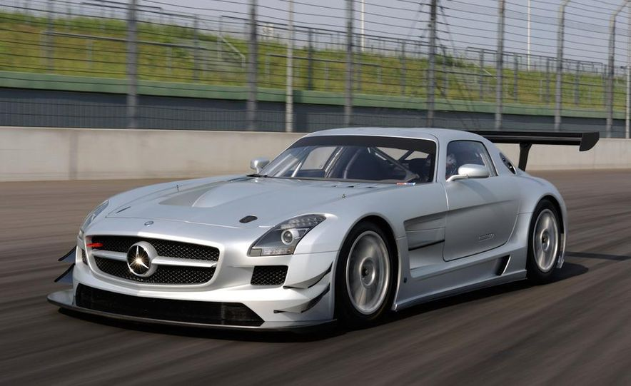 Mercedes-Benz SLS AMG GT3 - Slide 14