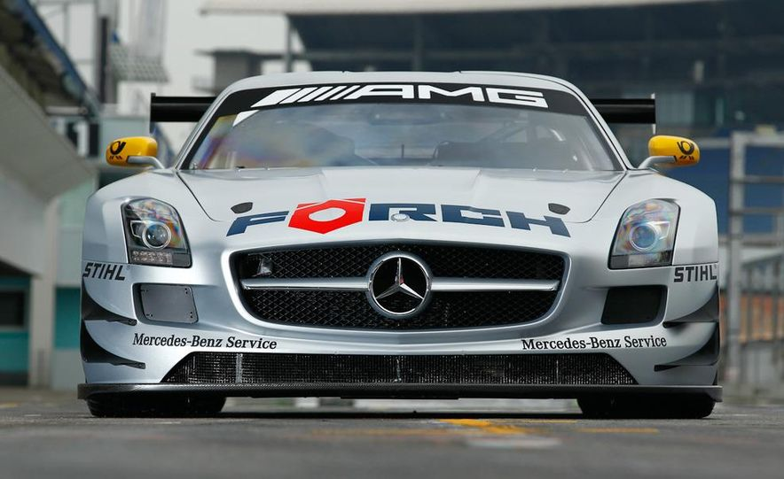 Mercedes-Benz SLS AMG GT3 - Slide 5