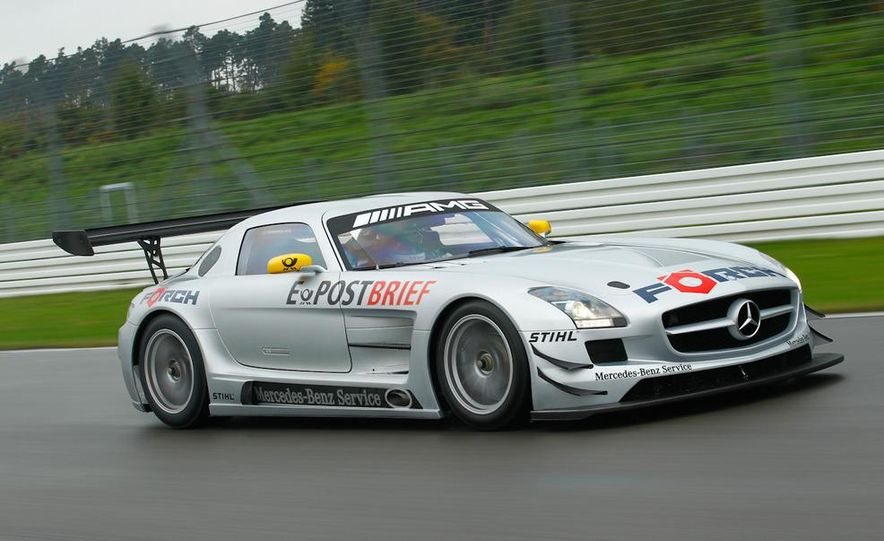 Mercedes-Benz SLS AMG GT3 - Slide 7