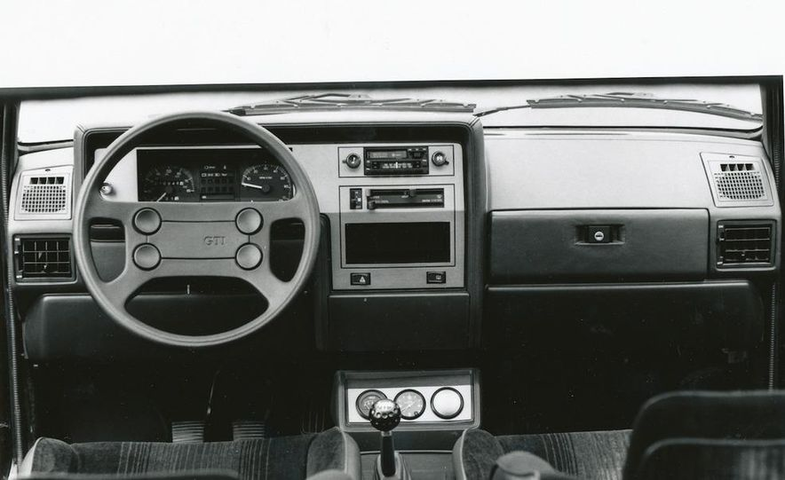 1990 Buick Reatta - Slide 14