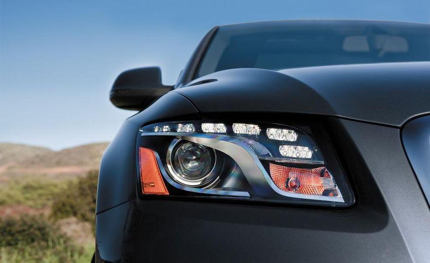 2011 Audi Q5 2.0T Quattro - Slide 14