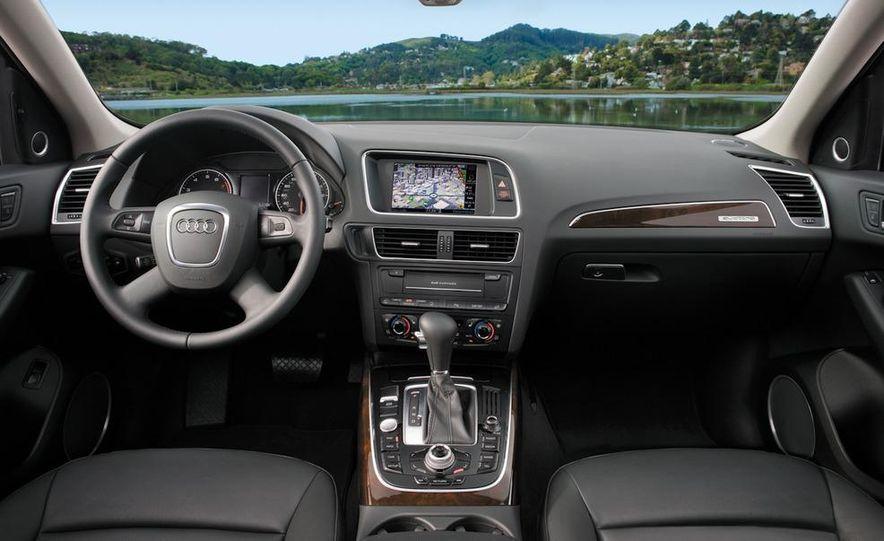 2011 Audi Q5 2.0T Quattro - Slide 19
