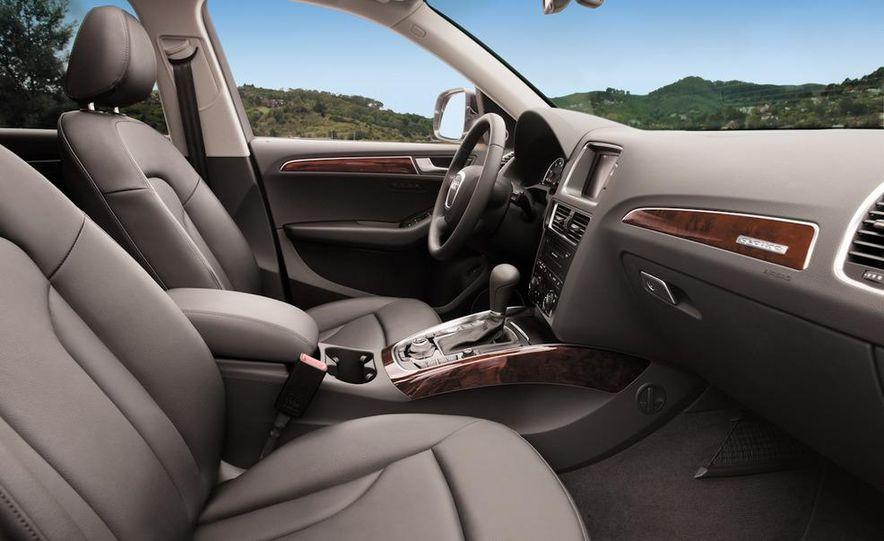 2011 Audi Q5 2.0T Quattro - Slide 20