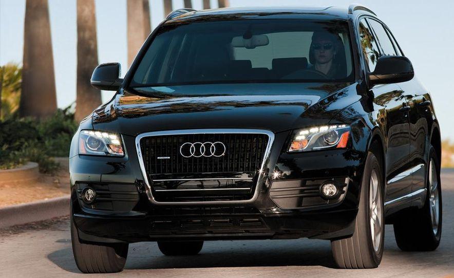 2011 Audi Q5 2.0T Quattro - Slide 2