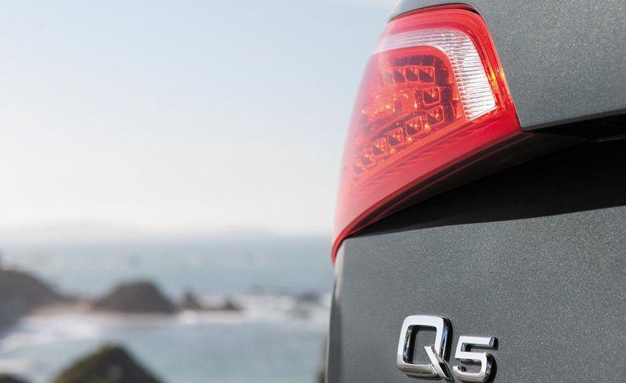 2011 Audi Q5 2.0T Quattro - Slide 16