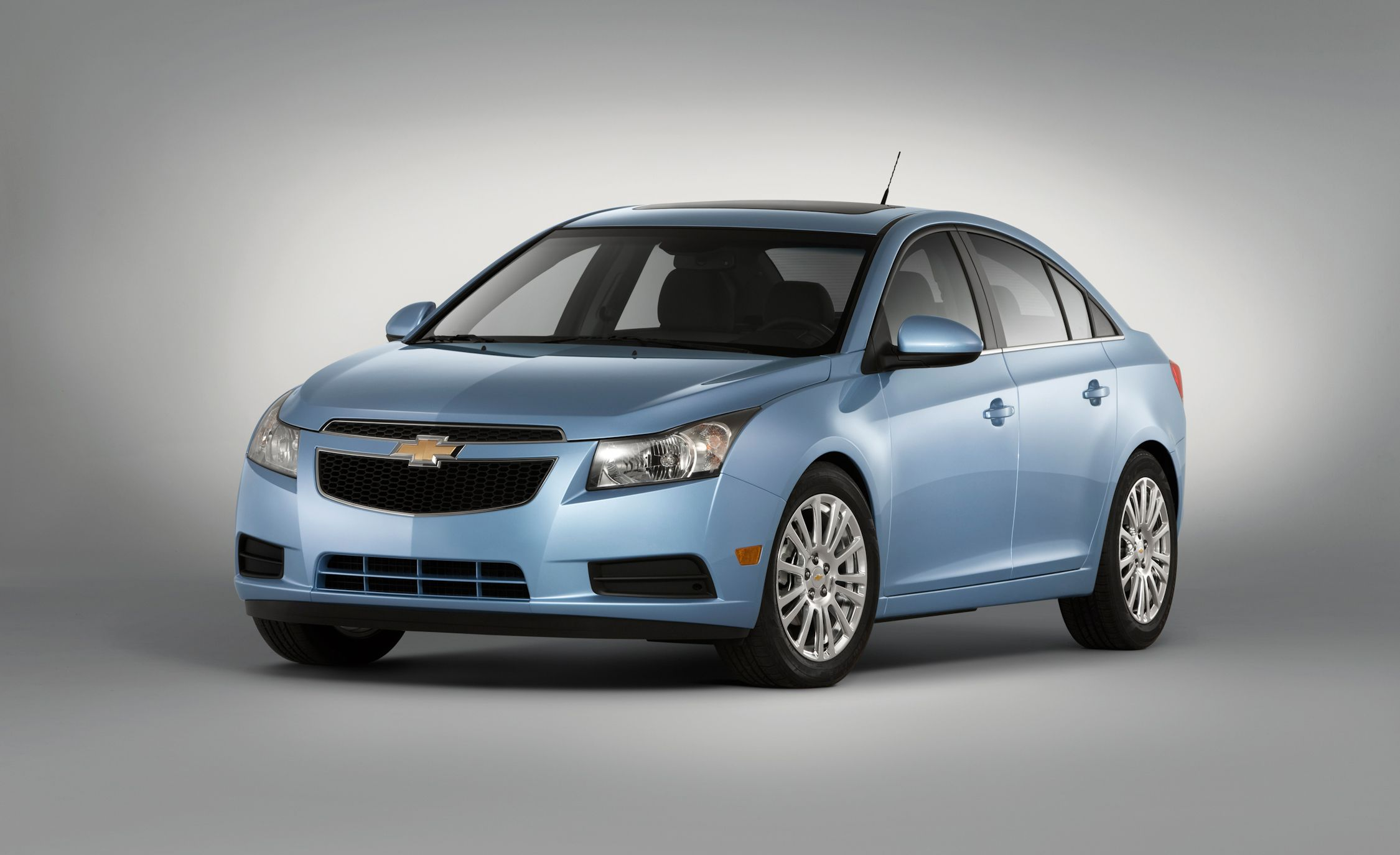 2011 chevrolet cruze eco drive chevy cruze review car. Black Bedroom Furniture Sets. Home Design Ideas