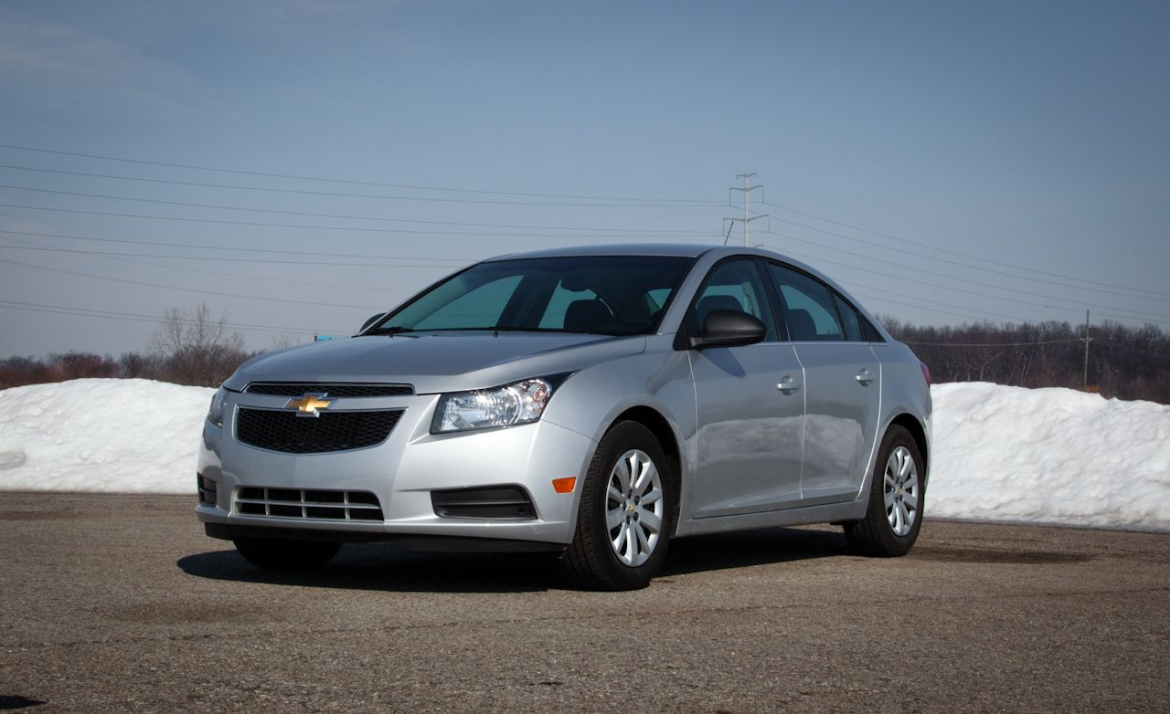 Cruze 2011 chevy cruze silver : 2011 Chevrolet Cruze LS Test – Review – Car and Driver