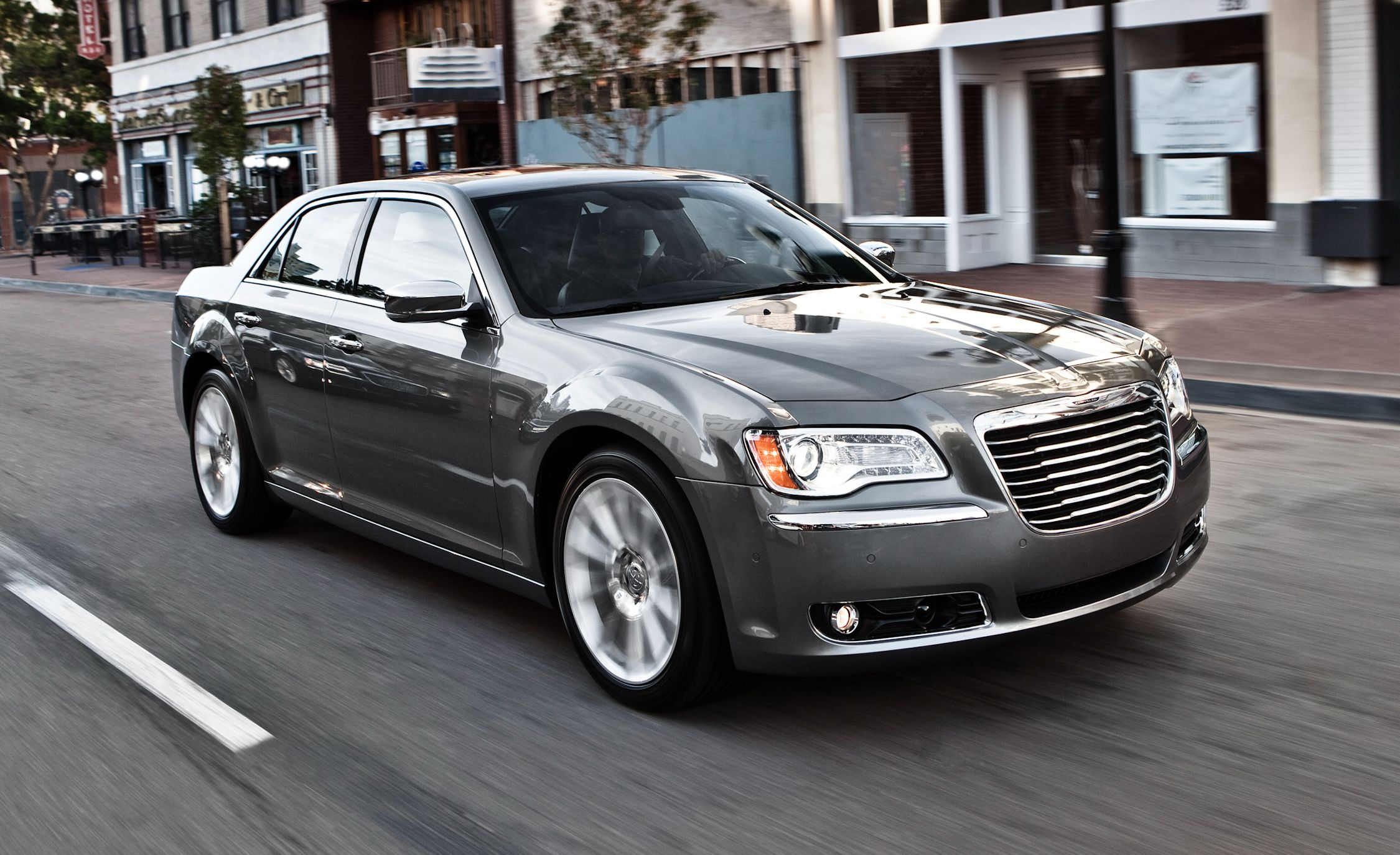 2011 chrysler 300 300c review car and driver - Chrysler 300 interior accessories ...