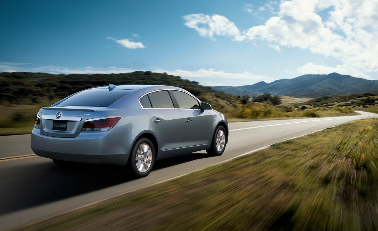 Buick Lacrosse Eassist First Drive Review Car And Driver Photo S Original