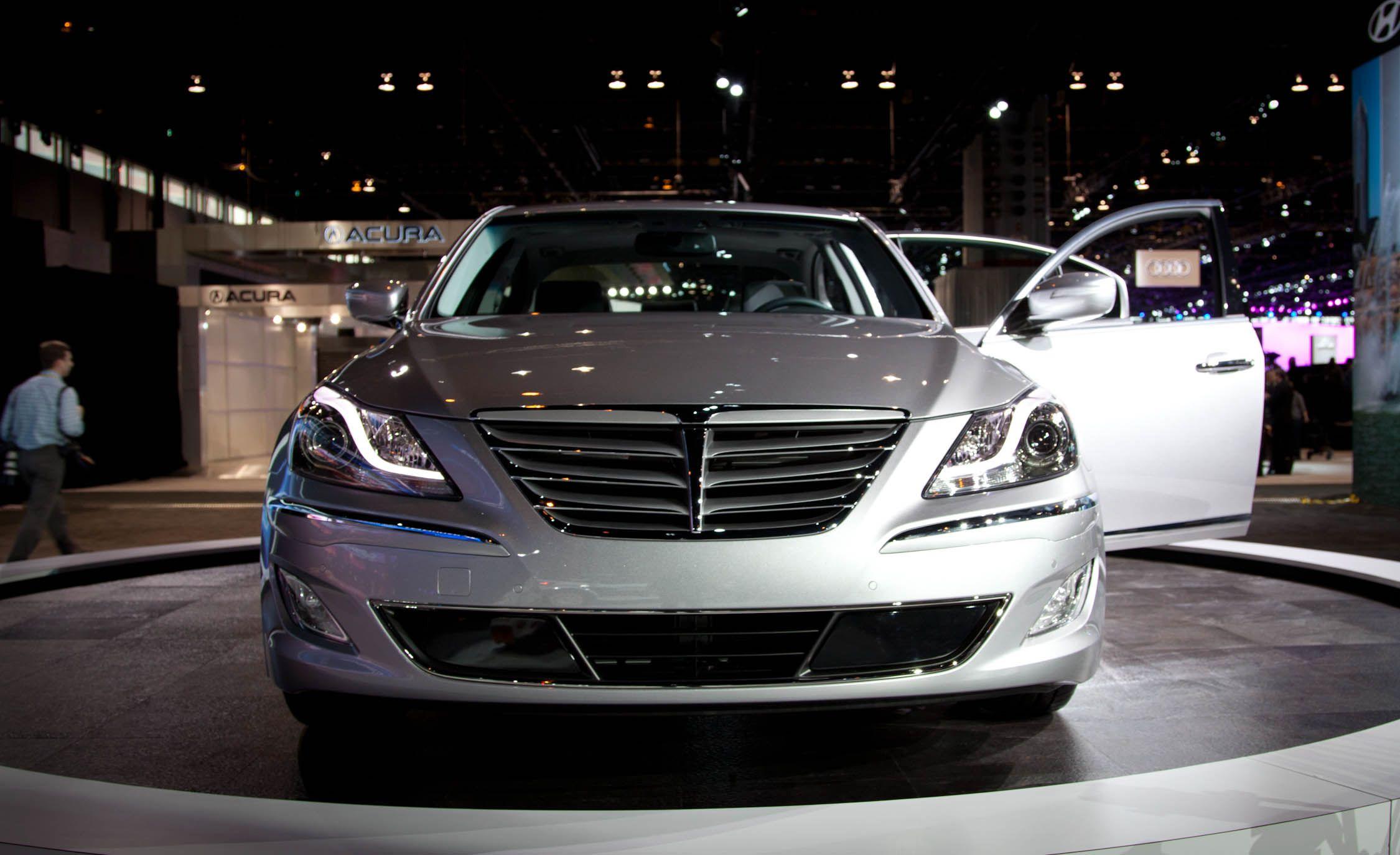 2012 Hyundai Genesis / Genesis 5.0 R Spec Official Photos And Info