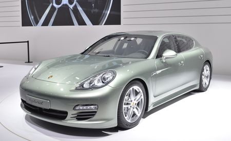 2012 Porsche Panamera S Hybrid Official Photos and Info