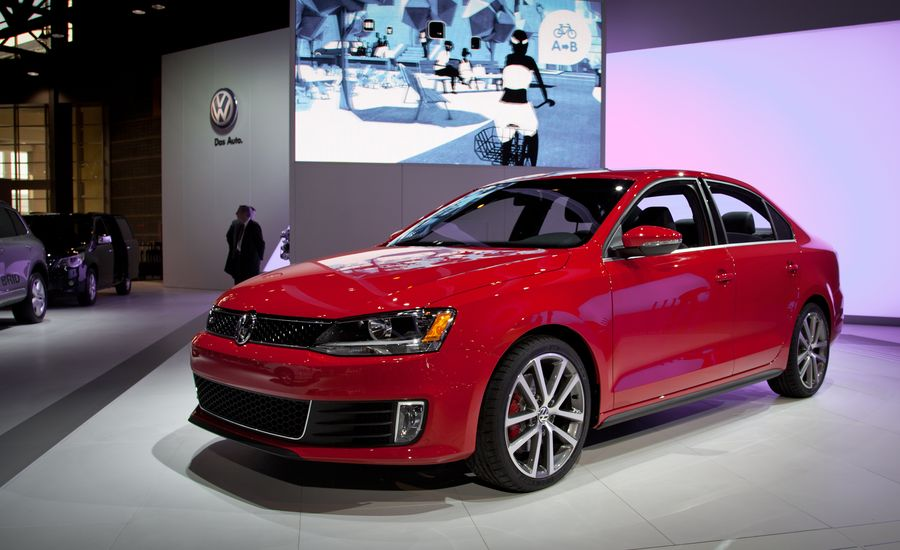 2012 Volkswagen Jetta GLI Official Photos and Info