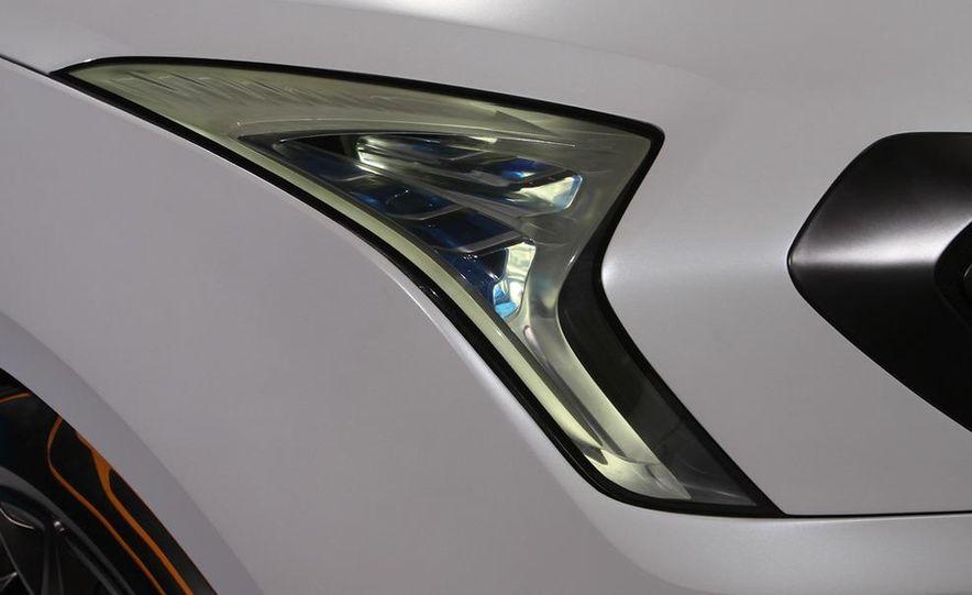 Hyundai Curb concept - Slide 9