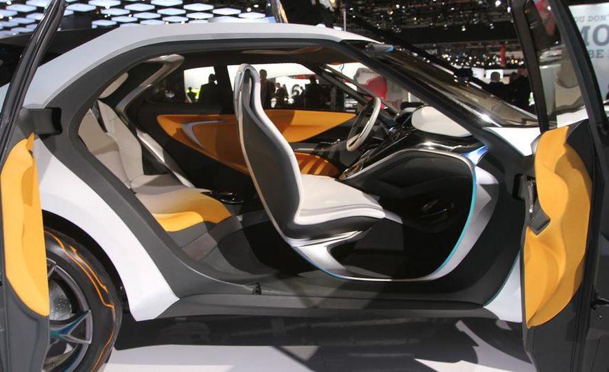 Hyundai Curb concept - Slide 10