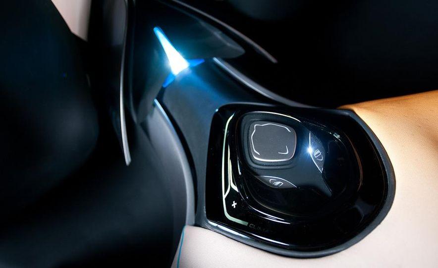 Hyundai Curb concept - Slide 17