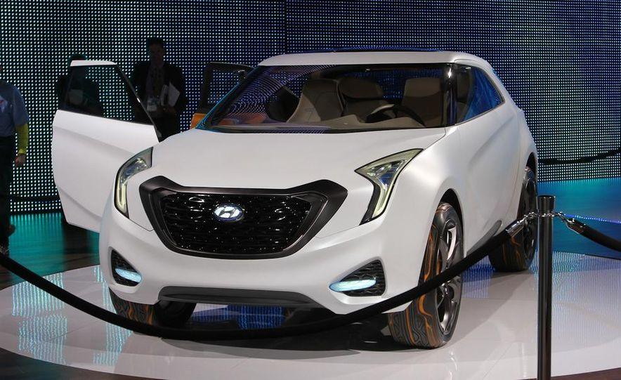 Hyundai Curb concept - Slide 1